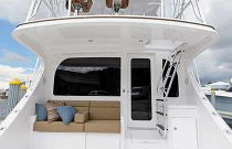 photo of Hatteras Yachts GT54 Cockpit Mezzanine