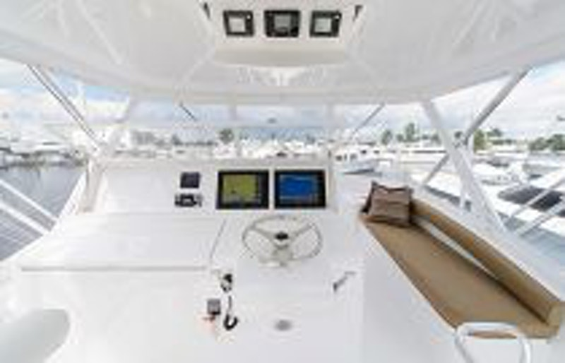 photo of Hatteras Yachts GT54 Flybridge Command Center