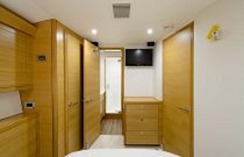 photo of Hatteras GT54 Interior