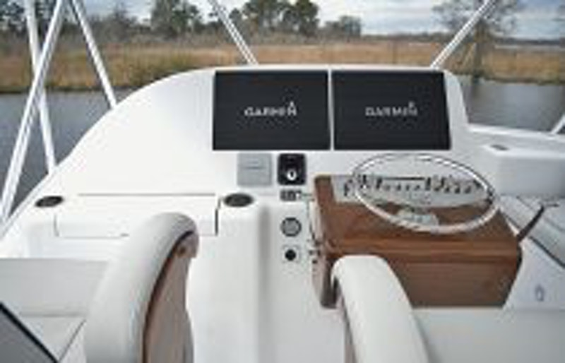 photo of Hatteras GT45X Flybridge Helm